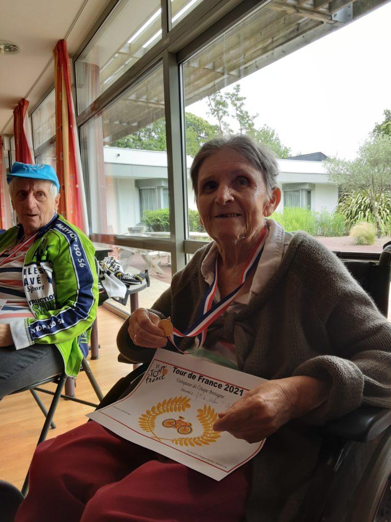Bravo aux coureurs cyclistes et aux supporters !!!!!